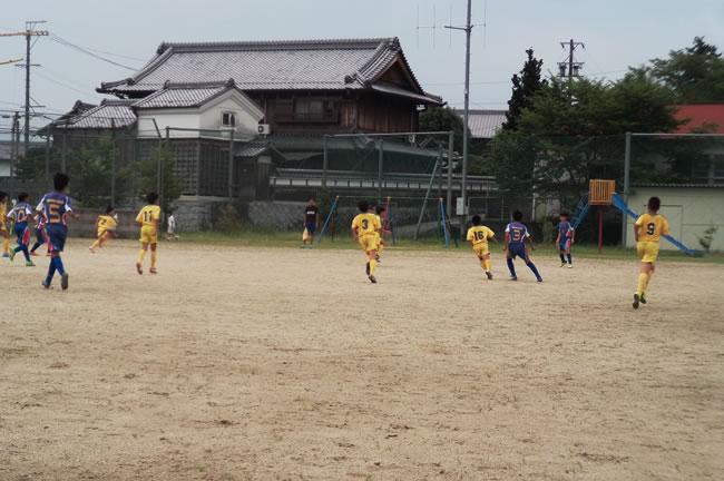 ③ グループリーグ初戦 対YF NARATESORO(奈良県)は0-6の完敗
